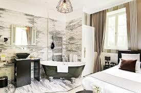 hotel baignoire dans la chambre un week end romantique avec rien qu soi room5 hotel