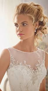 hairstyles for boat neckline 553 best wedding hair images on pinterest wedding hair styles