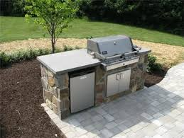 simple outdoor kitchen ideas small outdoor kitchen the bbq just need the mini fridge and