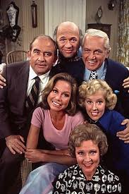quot the mary tyler moore show quot apartment building hot in cleveland reunites cast from mary tyler moore show