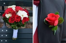 Red Wedding Bouquets Wedding Flower Ideas For Outdoor Weddings