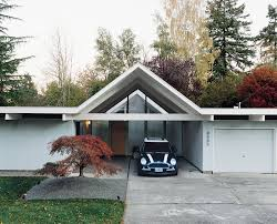Midcentury Modern Home - a mid century modern home in southwest portland dwell