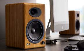 how to buy the best bookshelf speakers for your home audio needs