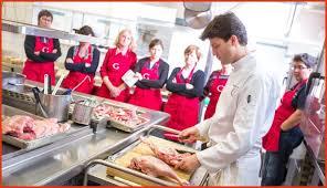 un cour de cuisine cours de cuisine avec un chef lovely savourez un cours de cuisine