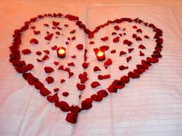 sorprese con candele idee romantiche san valentino san valentino idee regalo fai da te