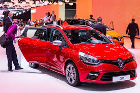 new renault clio new renault clio gt 120 edc unveiled in geneva comes in hatch and