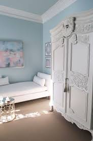 White And Sky Blue Bedroom Best 25 Pale Blue Walls Ideas On Pinterest Light Blue Walls