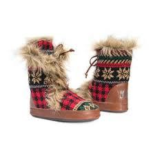 womens slipper boots size 12 s muk luks juno faux fur fair isle slipper boots xl