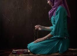 Wanita Datang Bulan Boleh Baca Quran Apakah Dosa Saat Sedang Datang Bulan Berzikir Wiritan Indosuara