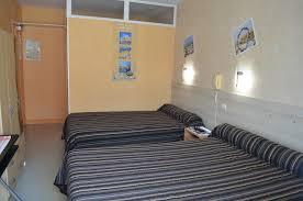 chambres d hotes fouras hotel fouras hôtel de l arrivée en centre ville de fouras les