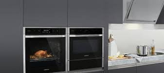 Kitchen Set Aluminium Royal Cooking Appliances Ovens Hobs And Hoods Samsung Uk
