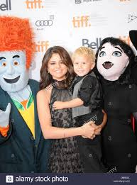 selena gomez and jaxon bieber 2012 toronto international film