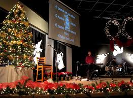 Church Stage Christmas Decorations Christmas Decorating Themes For Church Church Decorating Ideas