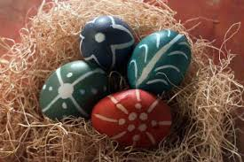Hard Boiled Eggs For Easter Decorating Kitchen Tips Easter Egg Decorating Ideas And Recipes La Times