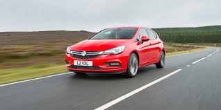 vauxhall astra review carwow