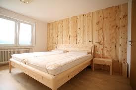 Schlafzimmer Zirbe Zirbenholz Für Bessere Gesundheit Bei Der Schreinerei Burkhardt