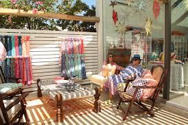hamptons home design maven roberta freymann opens shop in punta