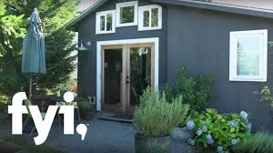 Pop Up Tiny House by Tiny House Nation A Tour Of Minimalist Living S1 E6 Fyi