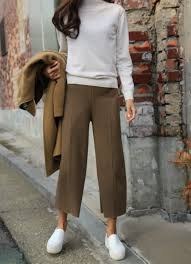 pintrest wide cropped pants in a cool winter work look keaton row stylist liz