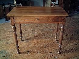 bureau qualité table bureau en noyer pieds tournés qualité de bois