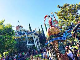 disneyland halloween bucket list the mommy mouse clubhouse