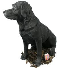 black labrador resin garden ornament 94 99 garden4less