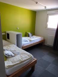 hotel strasbourg dans chambre notre chambre propre et lumineuse donnant sur la cour de l hôtel