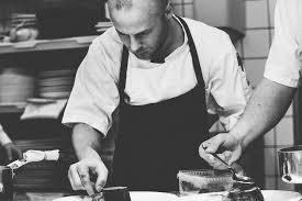 emploi chef cuisine images gratuites travail homme la personne noir et blanc gens