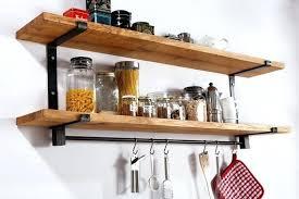 etageres de cuisine etagere de cuisine en bois carrelage mtro le style dco chic dun