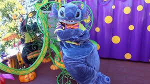 Halloween Costumes Lilo Stitch Stitch Meet U0026 Greet Halloween Costume Corner Disneyland Paris