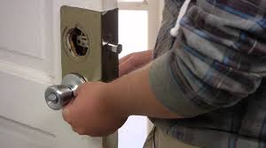Replace Exterior Door Handle How To Replace An Exterior Door Knob Lock Door Installation