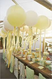 large balloons 35 balloon wedding ideas for your big day deer pearl flowers