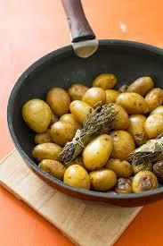comment cuisiner les pommes de terre grenaille recette de pommes de terre grenaille stella cuisine recettes