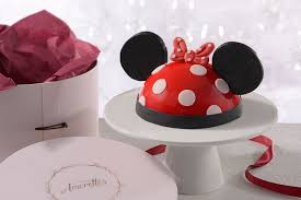 posh cakes disney podcast amorette s patisserie bringing posh
