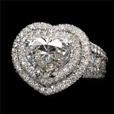 Heart Shaped Wedding Rings by A Heart Shaped Diamond Wedding Ring Bridebug Bridebug