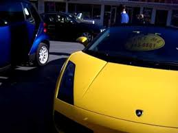 lamborghini vs smart car lambo vs smart car