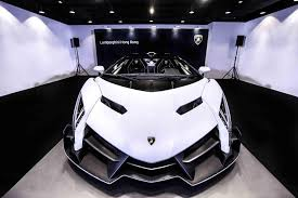 lamborghini veneno 2017 lamborghini veneno roadster 2015 white u2013 features and specs