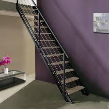 escalier peint en gris escalier modulaire escavario structure acier marche bois leroy