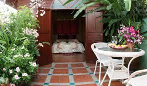 book a room shanti lodge