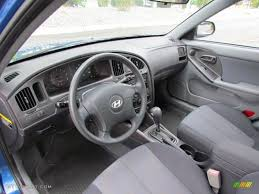 gray interior 2005 hyundai elantra gls hatchback photo 68740756