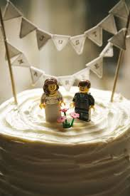 five non traditional wedding cake topper ideas to top them all a