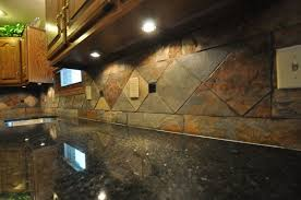 Rusty Brown Slate Mosaic Backsplash by This Is An Elegant Slate Tile Backsplash With Some Great Pattern