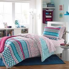 Dorm Bedding For Girls by Top 25 Best Dorm Comforters Ideas On Pinterest Comforters Bed