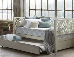 Bedroom Awesome Small Bedroom Decorating by Daybed Amazing Interior Design Awesome Small Bedrooms Bedroom