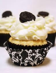 white chocolate oreo cream filled cupcakes recipe