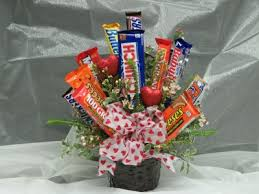 candy bar bouquet chocolate bar bouquet creepingthyme info