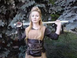 lagertha lothbrok clothes to make 37 best lagertha costume season 2 images on pinterest vikings