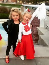 Super Scary Halloween Costumes Girls 25 Twin Halloween Ideas Twins Halloween