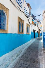 chambres bleues chambres bleues et blanches d udayas rabat maroc image stock