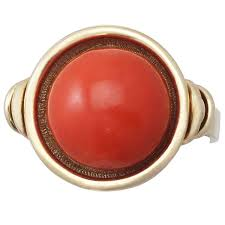 objet deco retro red coral and 14k yellow gold ring art deco style vintage